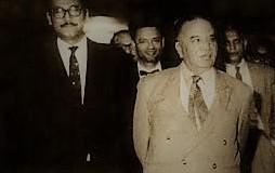 ১৯৫৬ সালে প্রধানমন্ত্রী সোহরাওয়ার্দীর সঙ্গে শিল্পমন্ত্রী শেখ মুজিবুর রহমান
